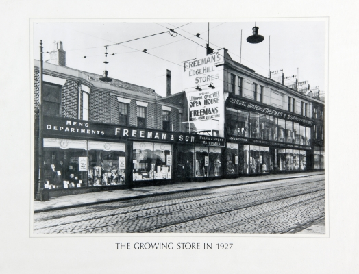 The growing store in 1927