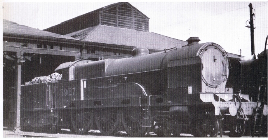 Locomotive 5927